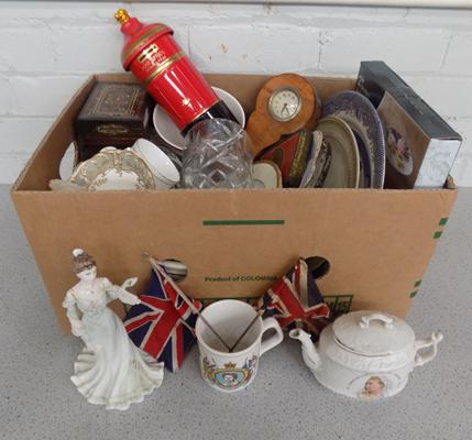Box of mixed collectables & ceramics