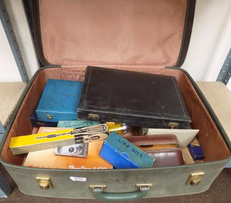 Large selection of vintage items, incl. cutlery sets & games in suitcase