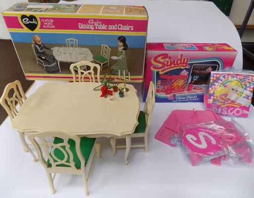 Sindy's dining table & chairs, complete + glow disco