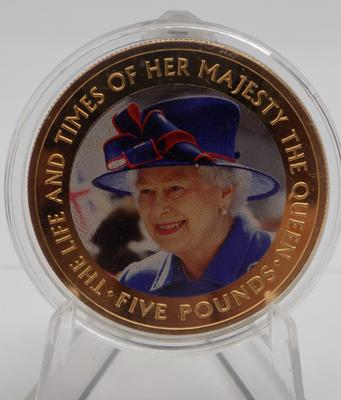 2016 Collectors £5 coin-The Life & Times of Her Majesty The Queen