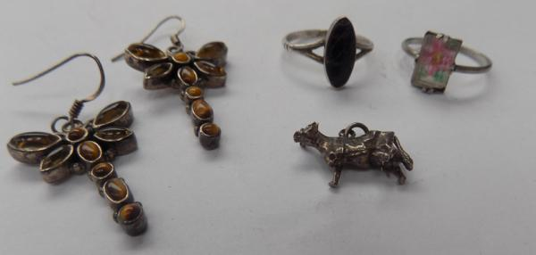 Selection of silver & gemstone jewellery