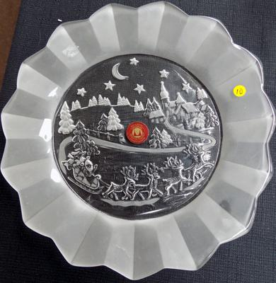Beautiful etched glass vintage German Waltherglas plate