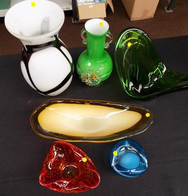 Nice selection of vintage blown glass vases incl. Murano and Laguna (6)