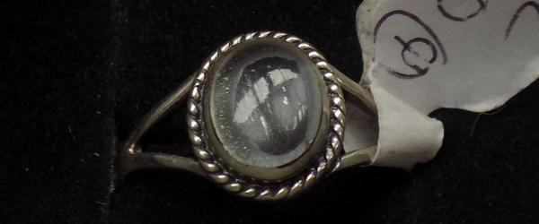 925 silver ring with clear stone