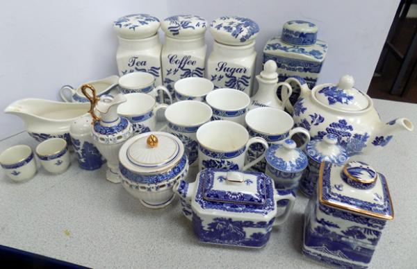 Large selection of blue and white pottery incl. Ringtons