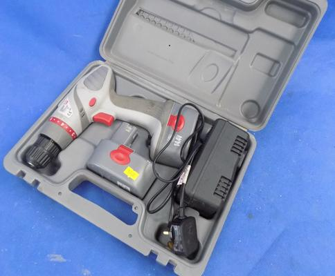 Performance Power 14.4V cordless drill, incl. spare battery W/O