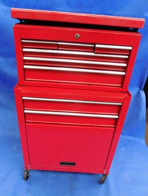 Rolltop tool box and drawers - no key, sold as seen