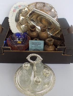 Mixed box of collectables, mixed metalware & vintage coloured glass items