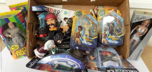 Box of boxed and un-boxed figures - Action Man-Star Wars-Austin Powers etc. - many vintage