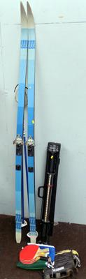 Selection of sporting items incl. skis, bullworker and table tennis bats