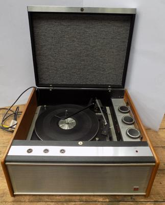 Murphy record player, model A855G