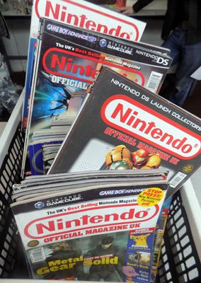 Approx. 100+ Nintendo magazines, plus odd editions of Anime etc..., (includes crate)