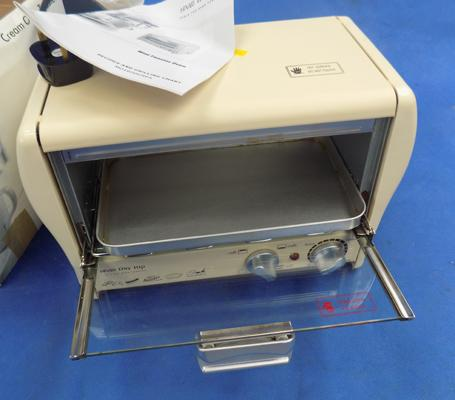 Compact table top oven toaster - W/O