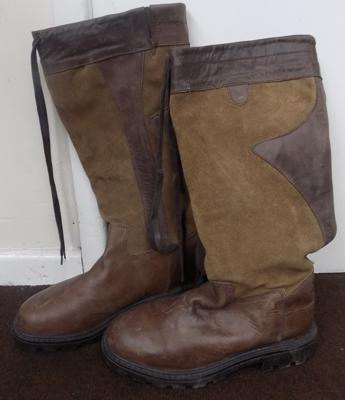 Pair of Sherwood Countryware boots size 44