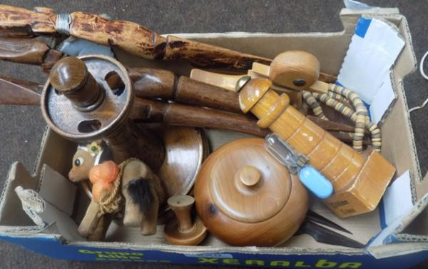 Box of treen items incl. pipe rack lighthouse