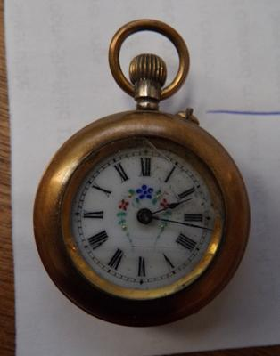 Antique pocket watch, damage to glass