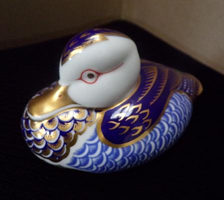 Royal Crown Derby duck paperweight silver stopper