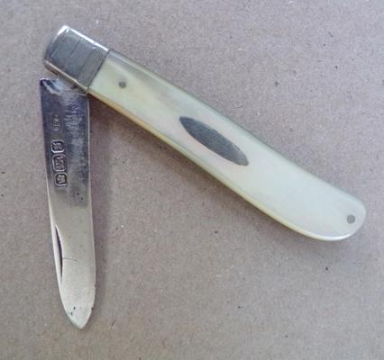 Hallmarked silver mother of pearl fruit knife, Sheffield 1910