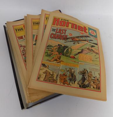 Selection of vintage 'The Hornet' comics (1970's)