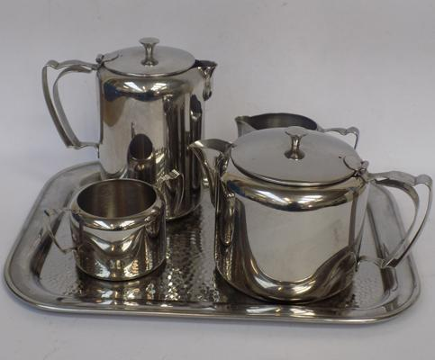 Five Old Hall heavy gauge large teaset, hammered tray