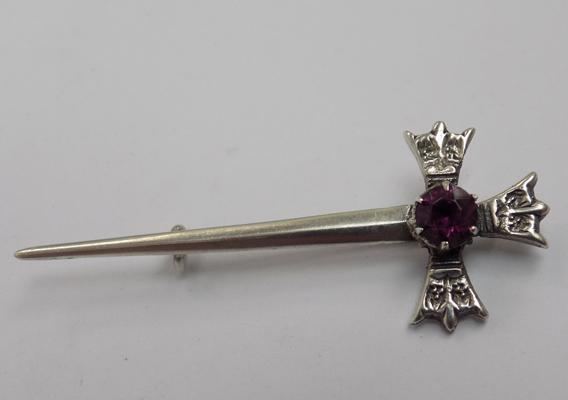 Vintage Scottish silver brooch with deep purple stone, hallmarked Edinburgh, circa 1957, makers - H. Wright & Sons