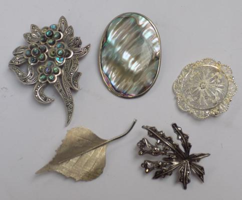 Five silver brooches, various designs & mixed hallmarks