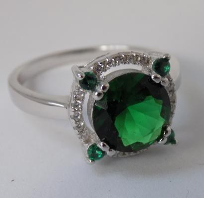 925 silver halo ring, white topaz & chrome diopside, size P 1/2