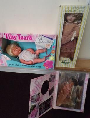 Three boxed vintage dolls, incl. 1920 Palltoy Tiny Tears