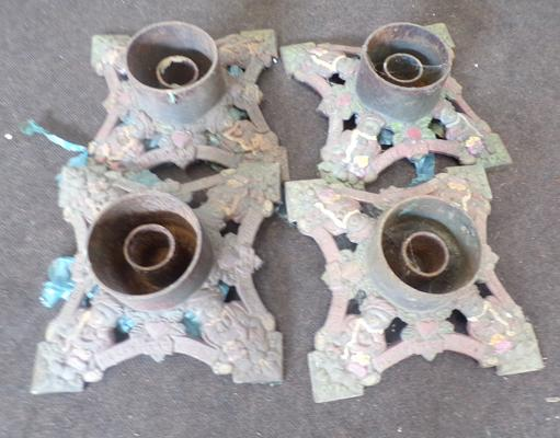 Cast iron Christmas tree stands x4