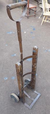Sack barrow for gas bottle