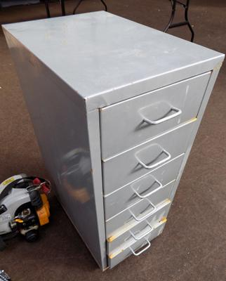 Metal filing drawers
