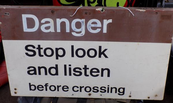 Danger/ railway crossing sign