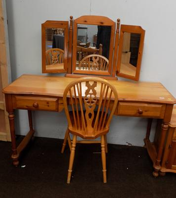 Pine dressing table with chair & trio mirror
