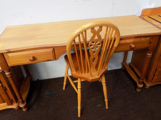 Pine dressing table & chair