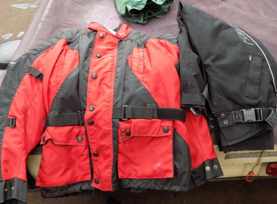 Waterproof motorcycle jacket/ trousers