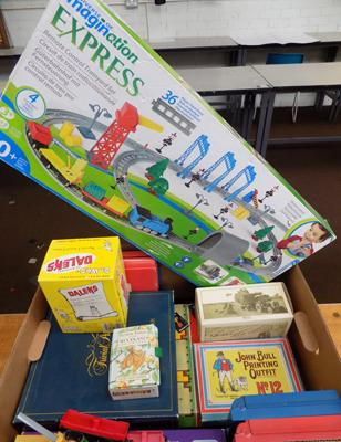 Box of vintage games & toys, incl. Marx, Dr Who Dalek, boxed