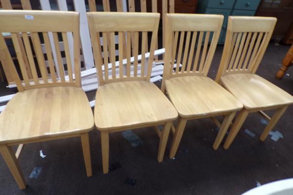 4x pine dining chairs