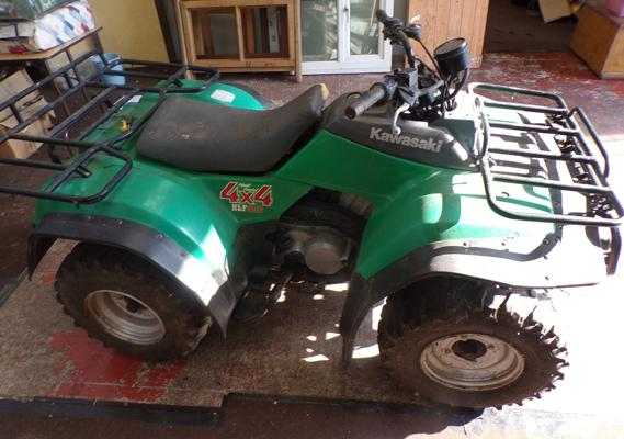Kawasaki KLF 400 Farm Quad, Barn find, with key,unregistered, untested