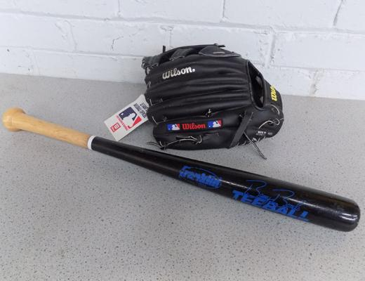New Wilson Baseball mit & Frankin 25 inch Tee ball bat