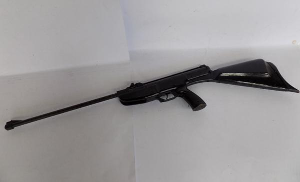 Paratrooper 22 air rifle with magazine
