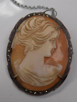 A vintage 800 standard silver cameo brooch, with marcasite detailing