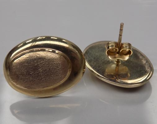 A pair of 9ct gold earrings; approximate weight three grams