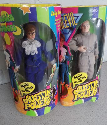 Austin Powers and Dr Evil talking figures - boxed