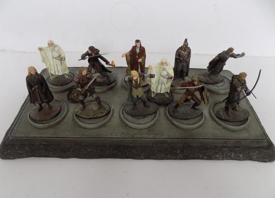 Lord of the Rings lead figures and display stand
