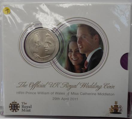 Official Royal wedding Crown dated 2011, sealed in Royal mint pack