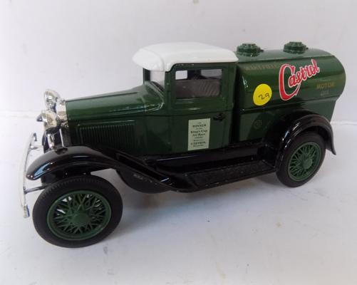 Precision diecast 1930s Model T Ford, Castrol Motor Oil tanker, limited edition