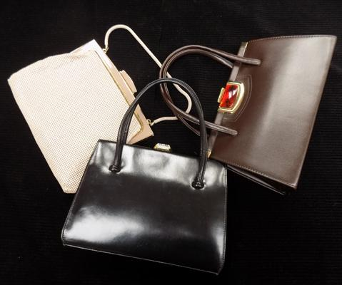 3 x Vintage ladies handbags, incl. Glomesh & other makes