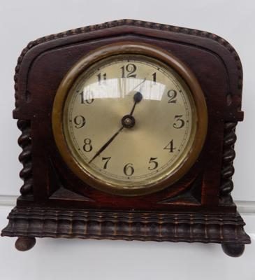 Vintage mantle clock - W/O