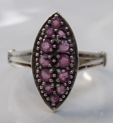 Vintage Art Deco style Ruby ring