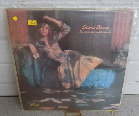Collectable Bowie LP, re-issue dress cover, red vinyl